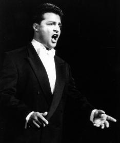Marcel Xerri - dramatic tenor - Corelli
